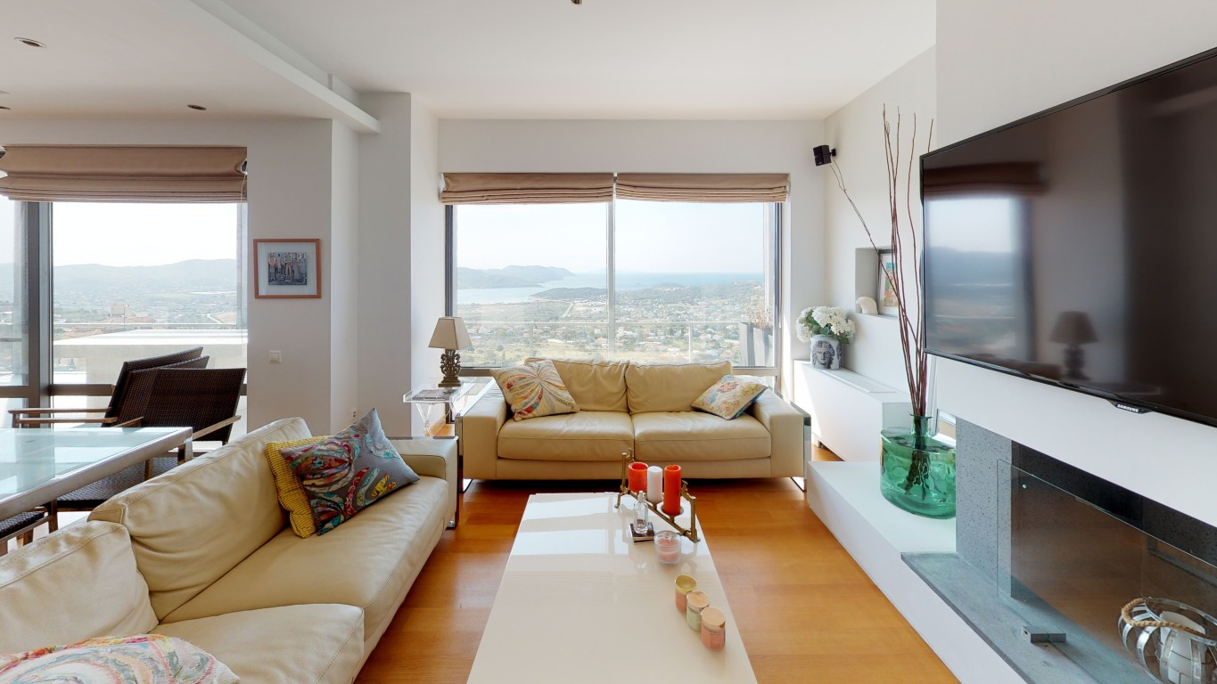 Amenity-A0002-Living-Room-