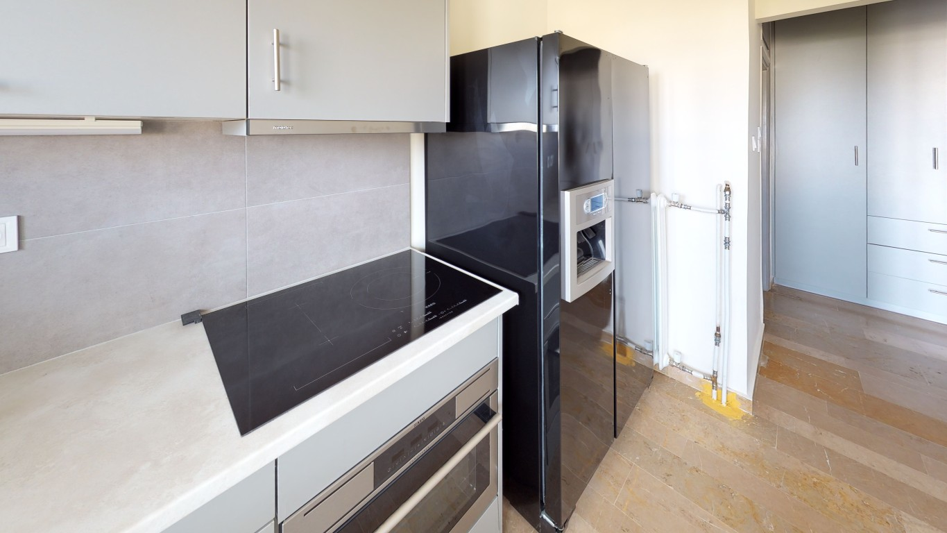 Amenity-A0003-Kitchen