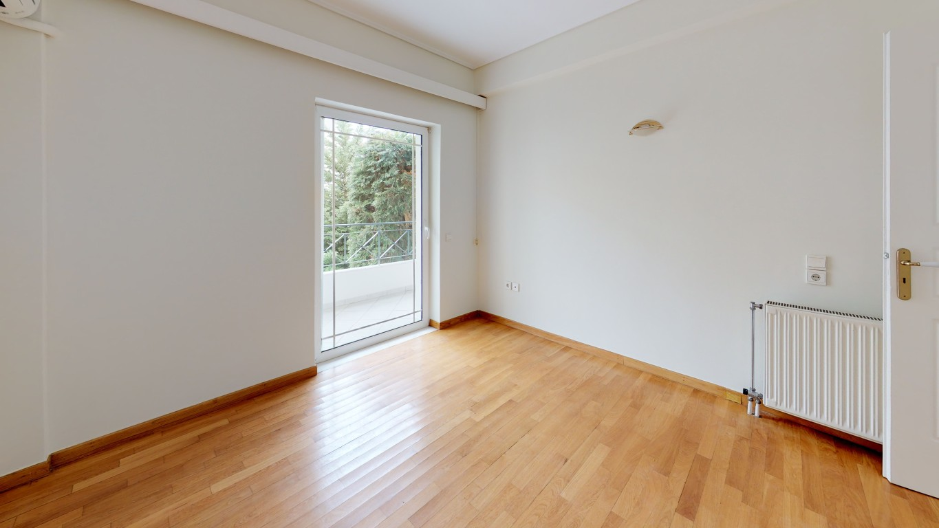 VRVIEW-A0008-Unfurnished-