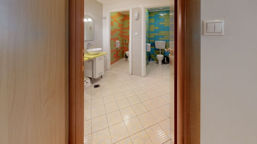 VRVIEW-A00013-Bathroom